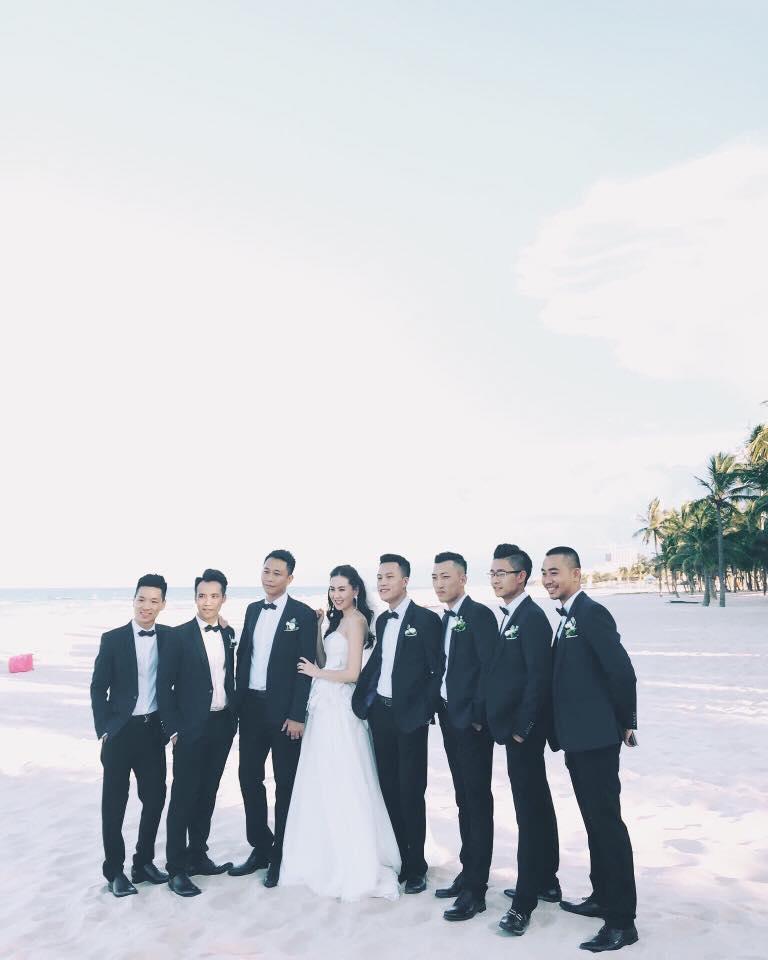 Ảnh cưới đẹp như mơ trên bãi biển của