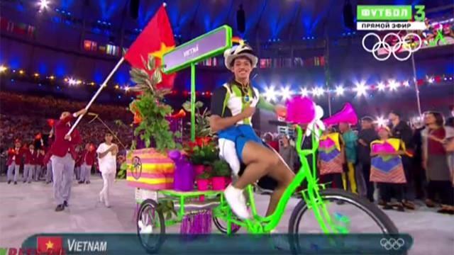 Rực rỡ sắc màu Lễ khai mạc Olympic Rio 2016 1
