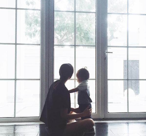 Hạnh phúc giản đơn của Tăng Thanh Hà bên con trai 2