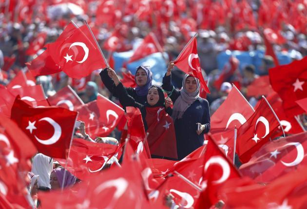 Erdogan và bóng ma Hitler hậu đảo chính 1