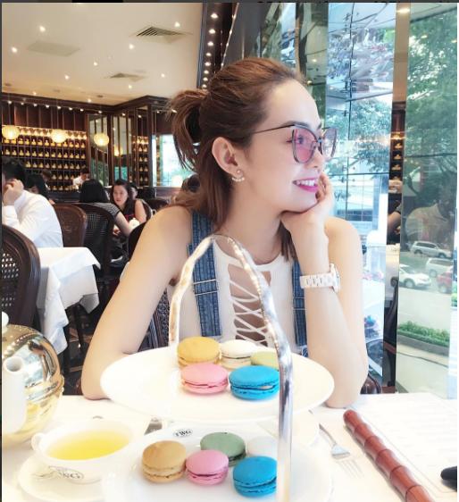 Facebook sao Việt: Lê Phương diện váy cưới trắng đầy ẩn ý 9
