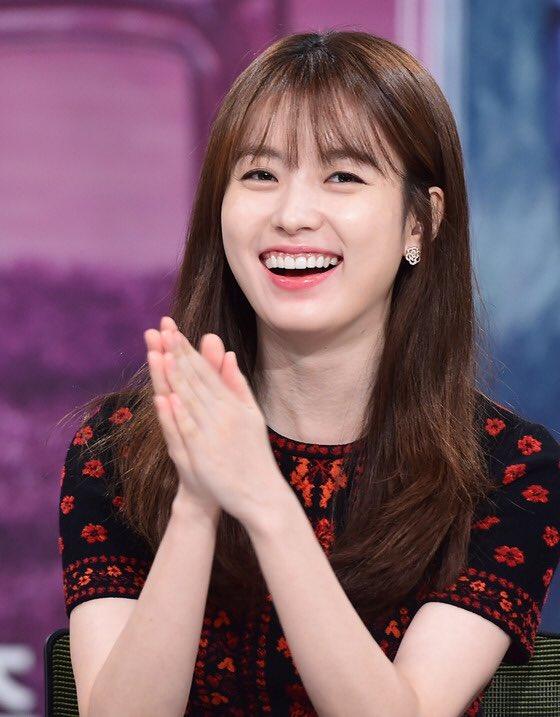 4 điều chưa biết về nàng bác sĩ xinh đẹp đang gây sốt màn ảnh Hàn 5