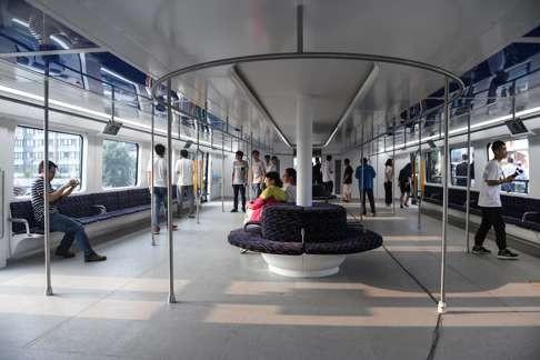 """Nghi ngờ """"xe bus bay"""" của Trung Quốc chỉ là chiêu trò lừa bịp ? 4"""