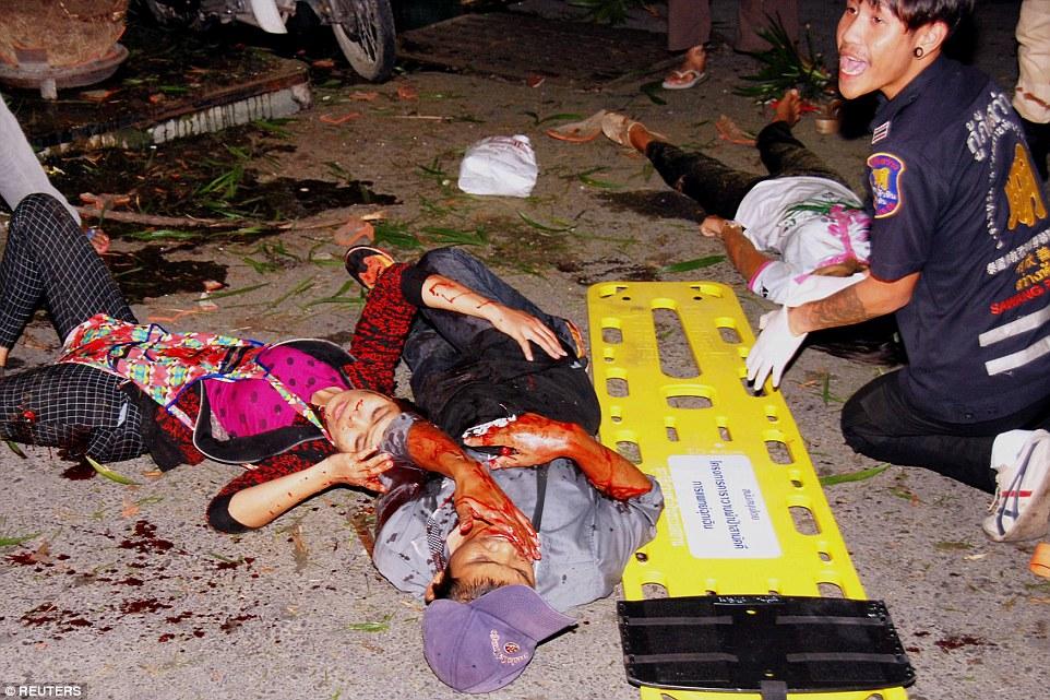 Hiện trường đẫm máu các vụ đánh bom liên tiếp ở Thái Lan 5