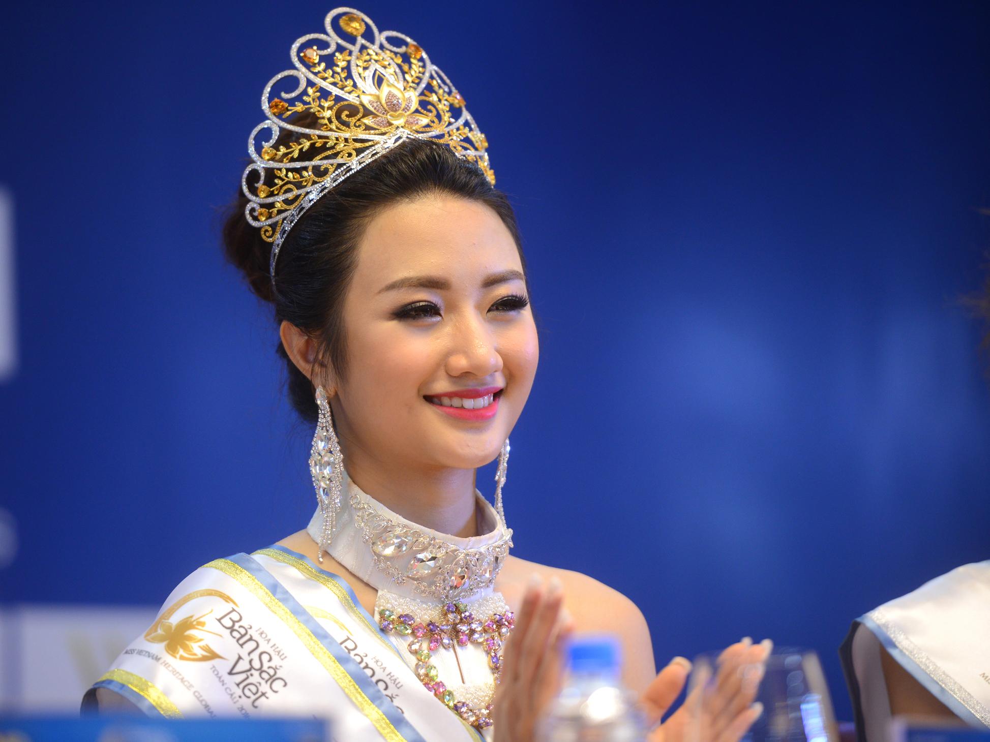 Gia thế giàu có của tân Hoa hậu Thu Ngân 1