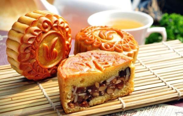 Kết quả hình ảnh cho làm bánh trung thu thập cẩm