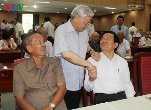Ban Bí thư thông báo tình hình Biển Đông với cán bộ cấp cao nghỉ hưu 1