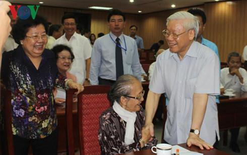 Ban Bí thư thông báo tình hình Biển Đông với cán bộ cấp cao nghỉ hưu 4