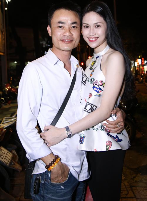 Facebook sao Việt: Chồng doanh nhân của Hoa hậu Thu Vũ lần đầu lộ diện 1
