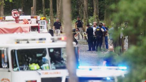 Máy bay lao vào cây, 3 cặp vợ chồng thiệt mạng 1