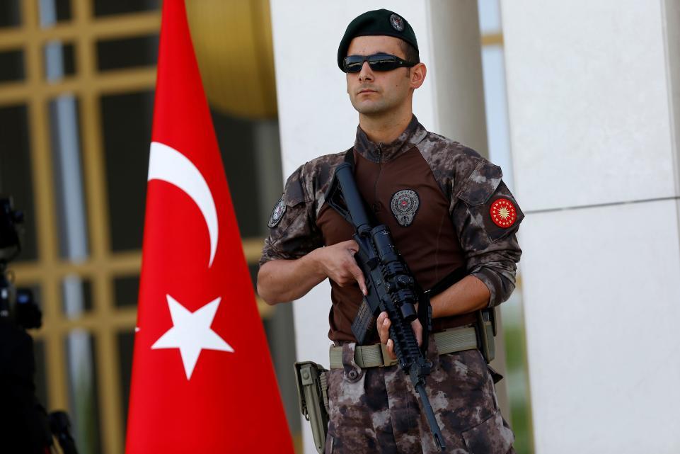 Thổ Nhĩ Kỳ đột kích 44 văn phòng công ty 1