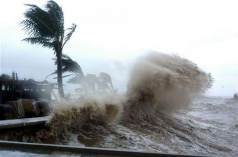 Bão số 3- bão Thần sét tăng cấp, di chuyển nhanh vào Quảng Ninh- Thanh Hóa 1