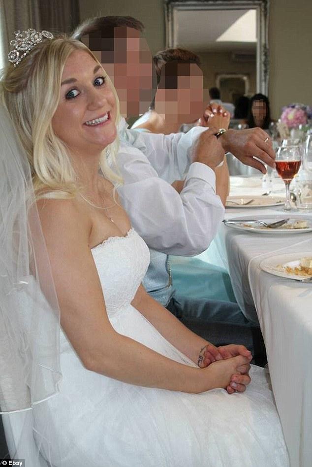 Bán váy cưới sau khi phát hiện chồng ngoại tình 1