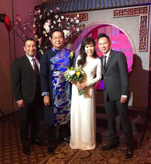 Giọng ca hải ngoại Mai Thiên Vân kết hôn với bạn trai lớn tuổi 1