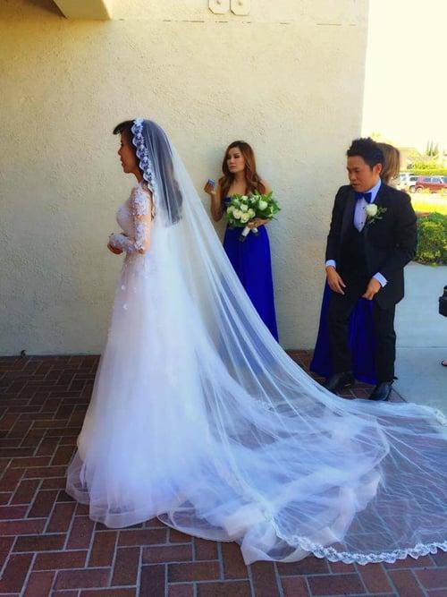 Giọng ca hải ngoại Mai Thiên Vân kết hôn với bạn trai lớn tuổi 3