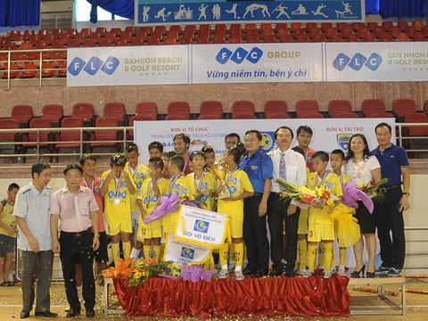 Hình ảnh U11 FLC Thanh Hóa vô địch giải Nhi đồng toàn quốc 2016 số 1