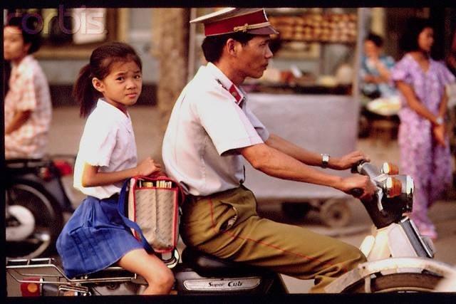 Nhìn lại hình ảnh chiến sĩ Công an nhân dân thập niên 80, 90 8