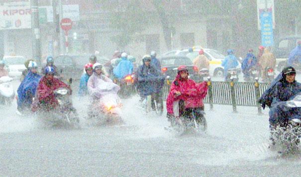 Tin bão số 3: Chiều tối ngày 19/8, Hà Nội mưa lớn, gió giật cấp 8 1
