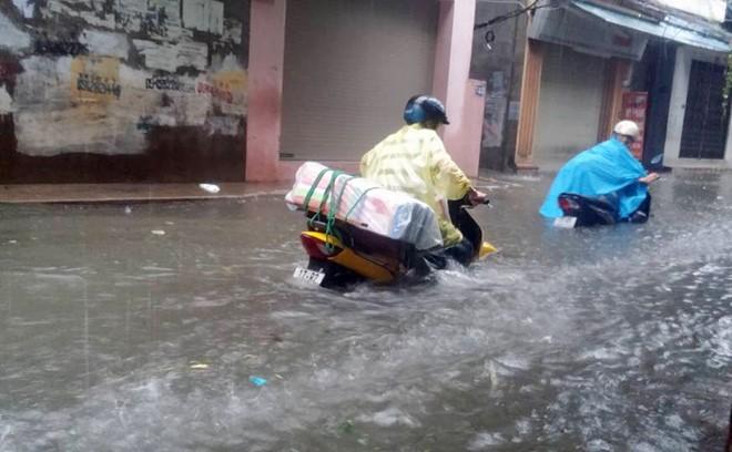 Tin tức mới nhất bão số 3- bão Thần sét đổ bộ Hải Phòng-Thái Bình 1