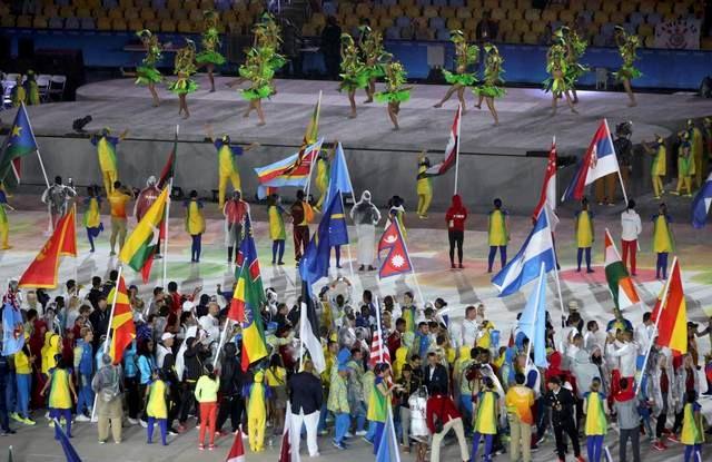 Lễ bế mạc Olympic Rio 2016: VĐV đội mưa, cuồng nhiệt với vũ điệu samba 6