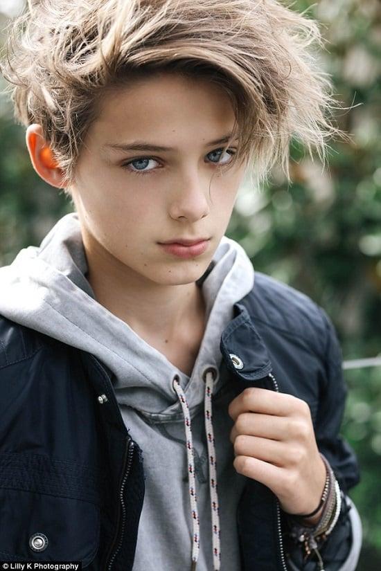Cậu bé được mệnh danh  đẹp trai nhất hành tinh 1