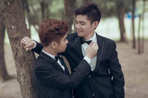 Hình ảnh Chuyện tình cặp đôi đồng tính nam lệch nhau 21 tuổi ở Đồng Nai số 7