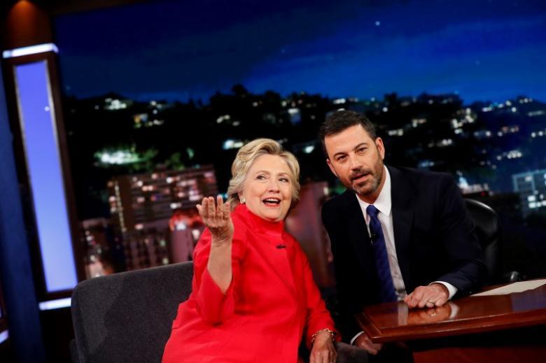 Clinton xác nhận tình trạng sức khỏe, bê bối email 1