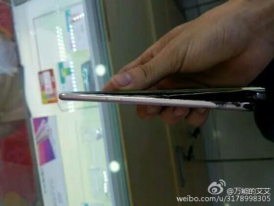 Điện thoại Oppo F1 Plus phát nổ, nghi do sạc nhanh 3