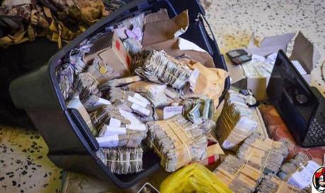 Libya phát hiện kho chứa vũ khí, tiền bạc, trang sức của IS 2