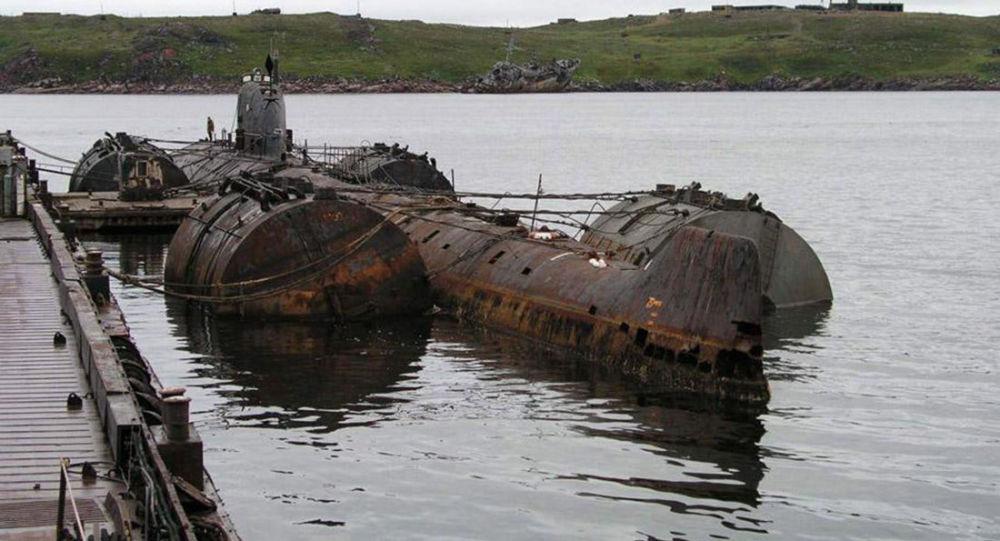 Mỹ tiêu hủy tàu ngầm Liên Xô bị bỏ hoang ngoài khơi 1