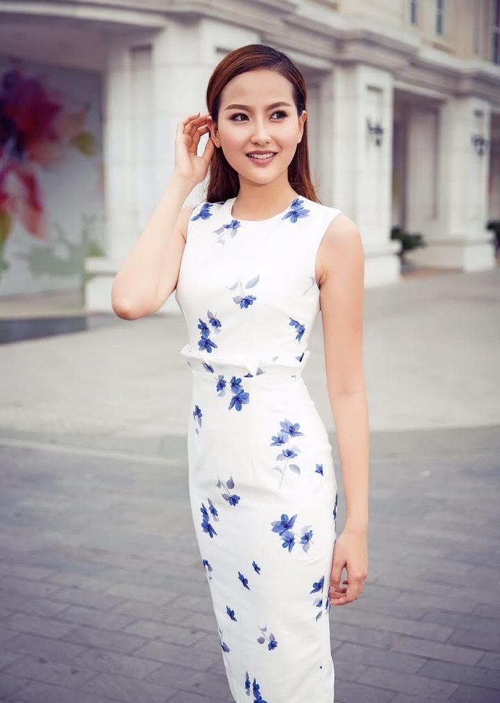 Học trò Phạm Hương khoe hình ngày bé dễ thương như con trai 8