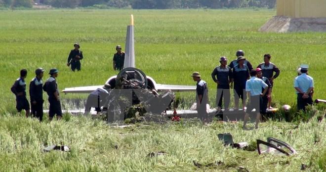 Chùm ảnh hiện trường vụ máy bay quân sự rơi ở Phú Yên 7
