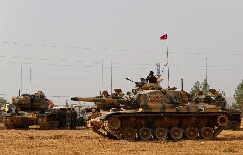 Chùm ảnh: Xe tăng Thổ Nhĩ Kỳ rầm rộ tiến vào Syria  8
