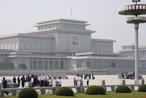 Nhà ngoại giao Triều Tiên tại Nga đào tẩu 1