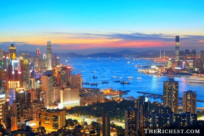 Thành phố có nhiều cư dân giàu có nhất thế giới sở hữu hàng tỷ USD 1