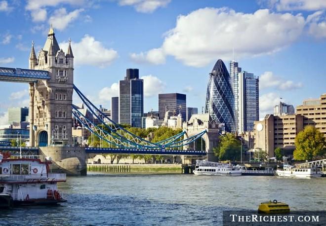 Thành phố có nhiều cư dân giàu có nhất thế giới sở hữu hàng tỷ USD 3