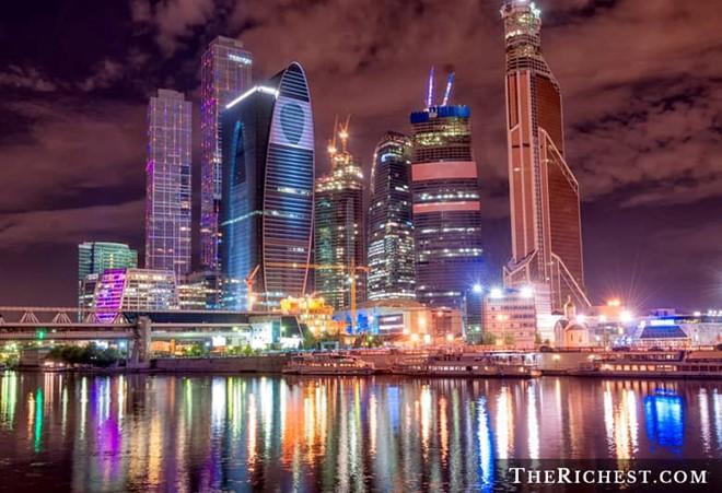 Thành phố có nhiều cư dân giàu có nhất thế giới sở hữu hàng tỷ USD 5
