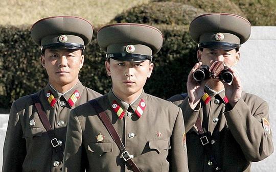 Triều Tiên báo động quân đội ở mức cao nhất 1
