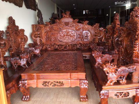 Giới đại gia Hà thành xôn xao trước bộ bàn ghế gỗ nu trên 1 tỷ đồng 4