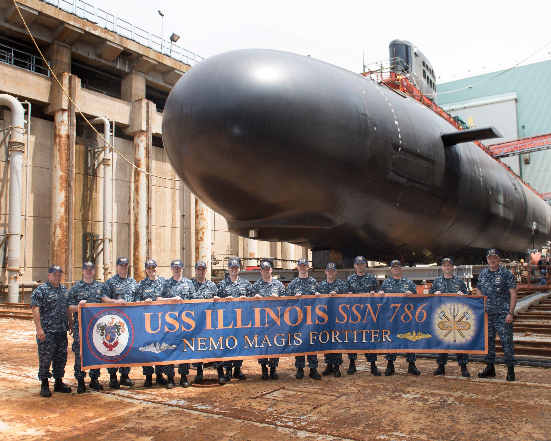 Michele Obama bảo trợ cho tàu ngầm hạt nhân 2