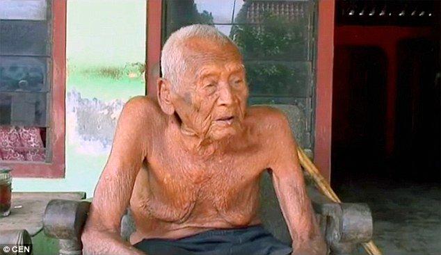 Cụ ông 145 tuổi mong được chết từng ngày 1