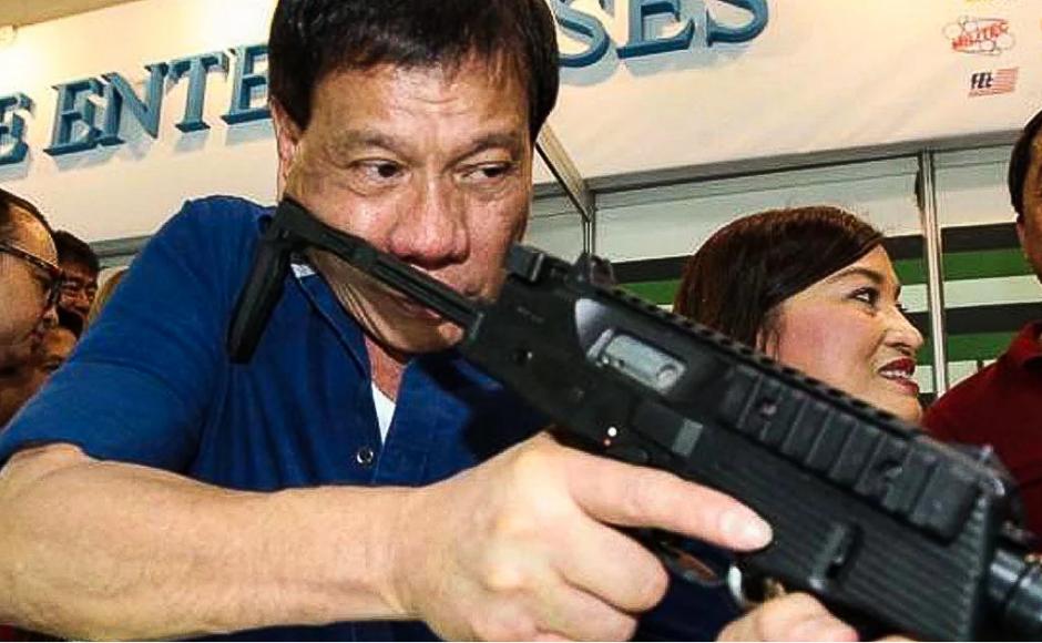Số người bị giết ở Philippines đã tăng lên gần 2.000 người 3