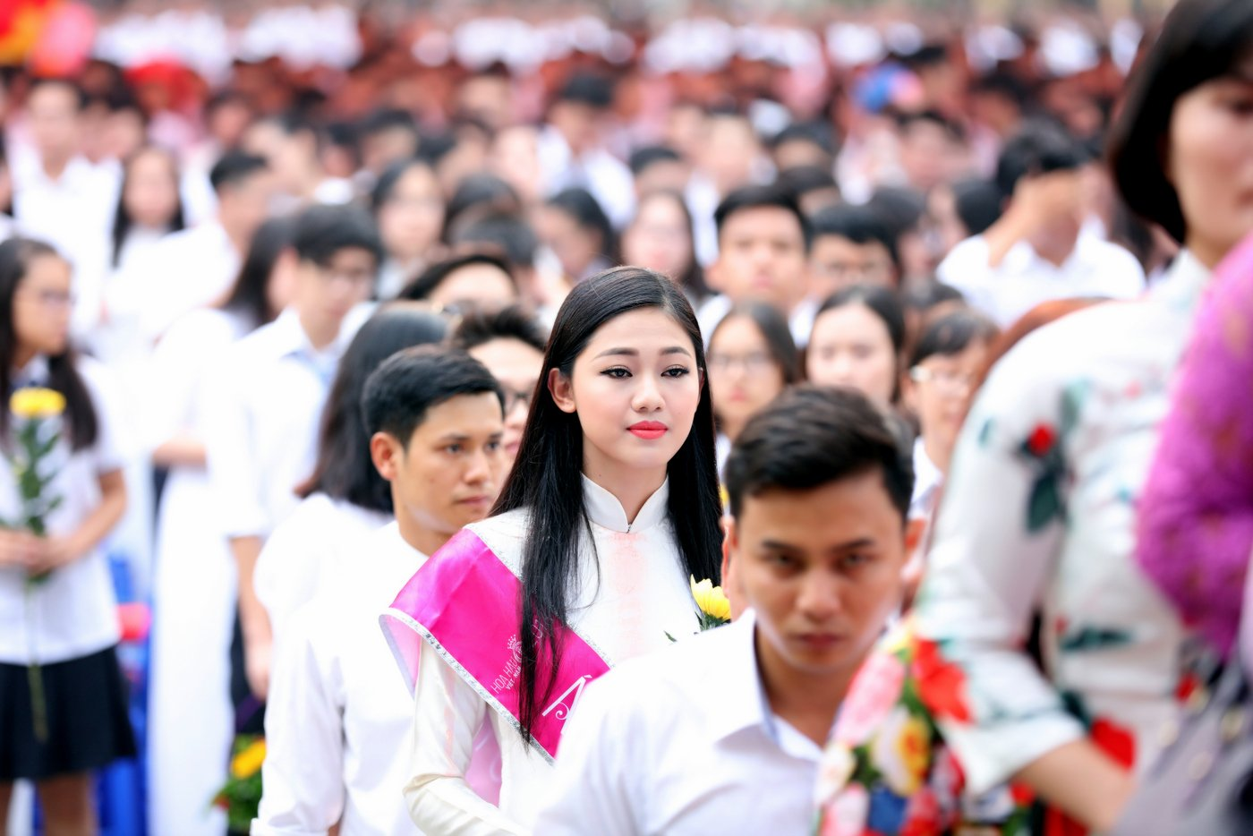 Á hậu 1 Ngô Thanh Thanh Tú về dự lễ khai giảng trường Chu Văn An 4