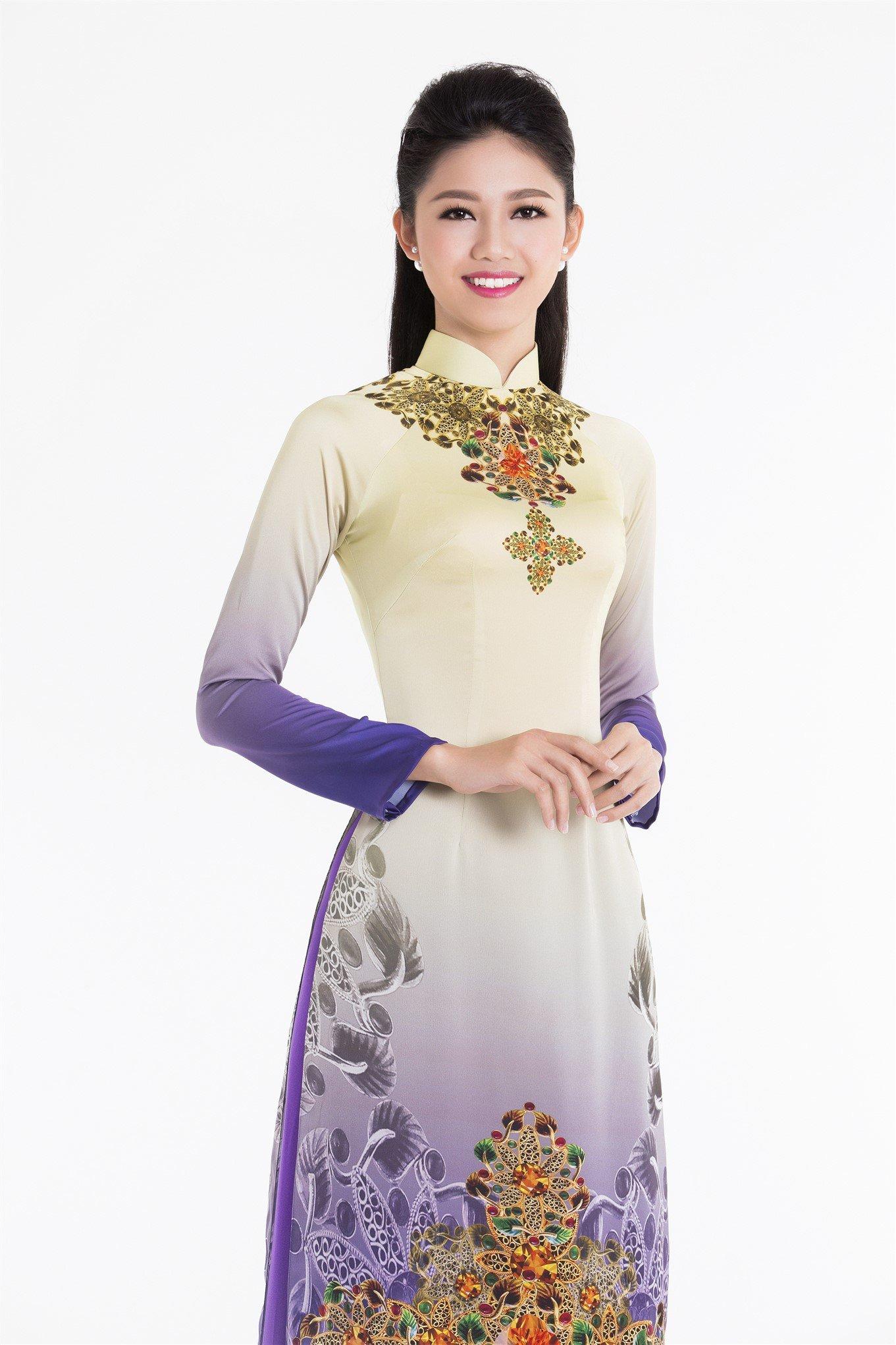 Tân Hoa hậu Đỗ Mỹ Linh và hai Á hậu đọ sắc trong tà áo dài 3