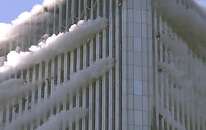 Những hình ảnh khó quên về vụ khủng bố 11/9 7