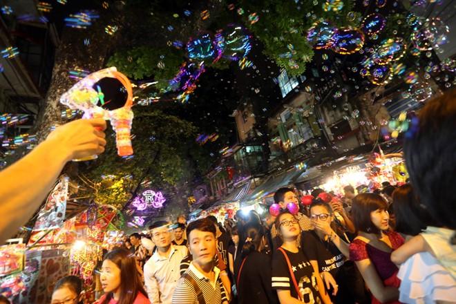 Top 5 địa điểm vui chơi Trung thu ở Hà Nội bạn nên cân nhắc tránh thất vọng  3