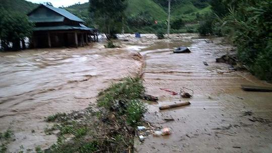 Hiện trường vụ vỡ ống thủy điện Sông Bung 2, hàng chục người mất tích 11