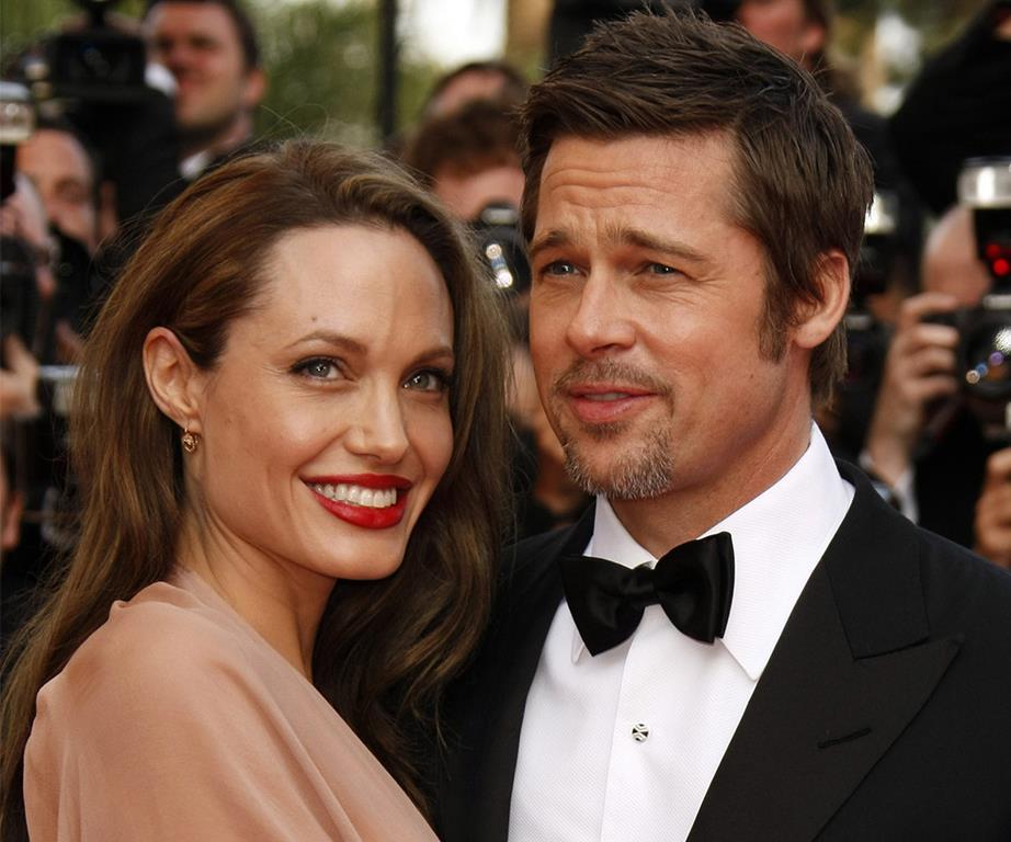 Giải trí - Brad Pitt và Angelina Jolie ký hợp đồng chia tài sản từ trước khi kết hôn