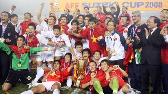 HLV Calisto hy vọng Việt Nam sẽ vô địch AFF cup 2016 1