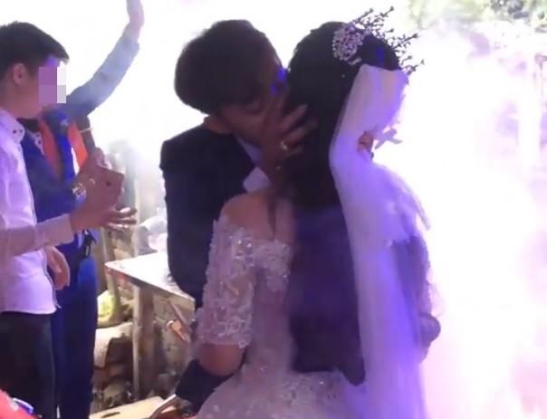 Video cô dâu chú rể